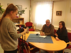 Hedda Bangsund bak kamera - klikk på bildet for å se filmen