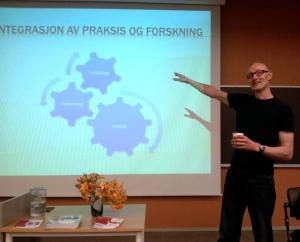 Karl Yngvar Dale snakker om samspillet mellom praksis, utdanning og forskning